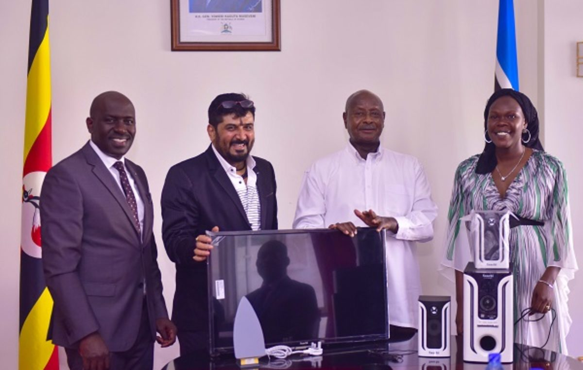 Museveni assures support to electronics manufacturing company