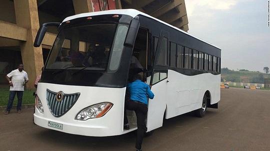 Kayola electric bus