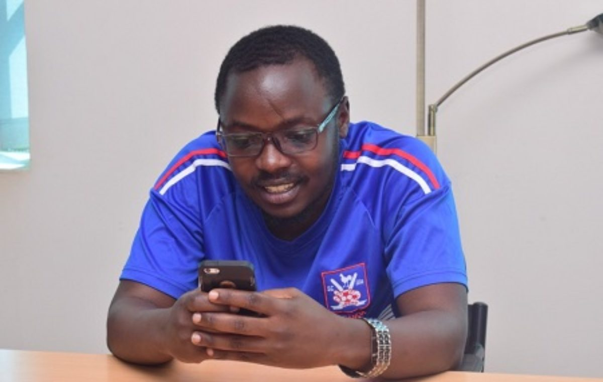Africell's Paul Mugume named top tech blogger in East Africa