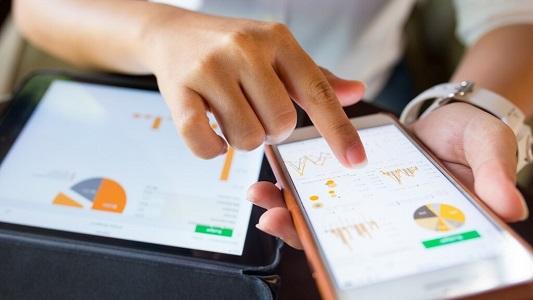 Locate customers on social media