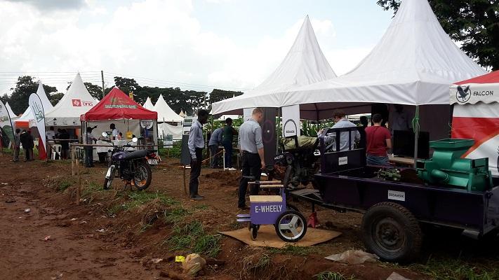 E-trak Electric Traktor